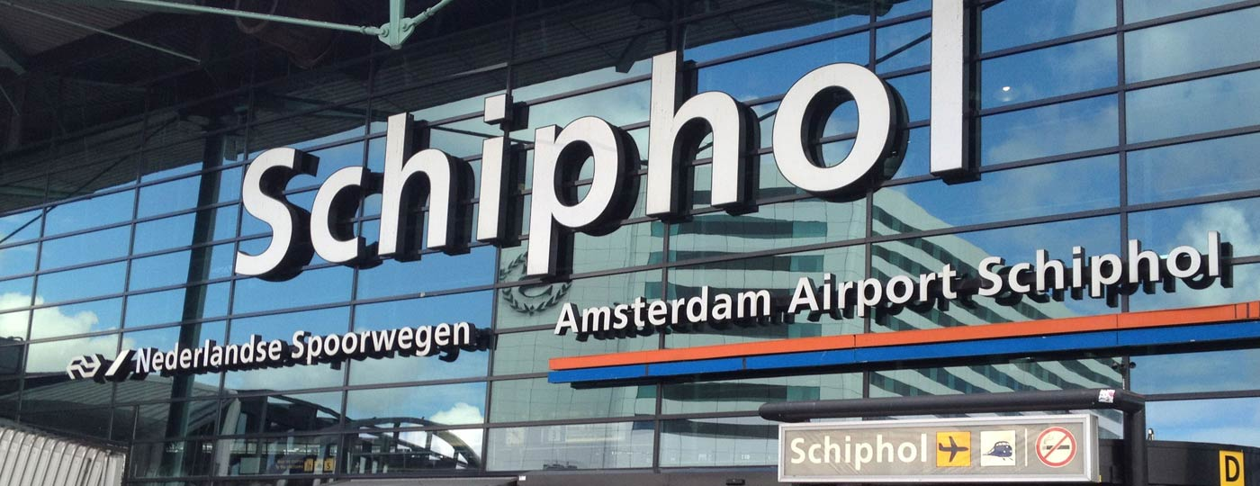 Taxi Arnhem Schiphol Airport brengt u 24/7 comfortabel naar het vliegveld